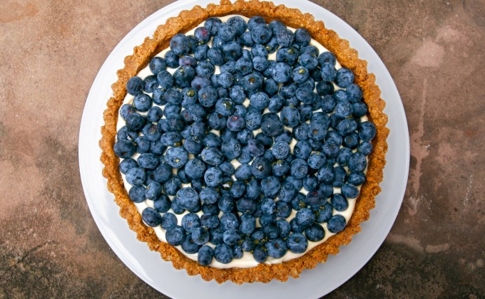 Blueberry Tart with Creamy Filling and Walnut Crust