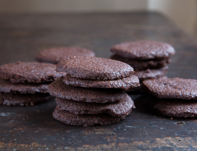 Chocolate spice shortbread cookies