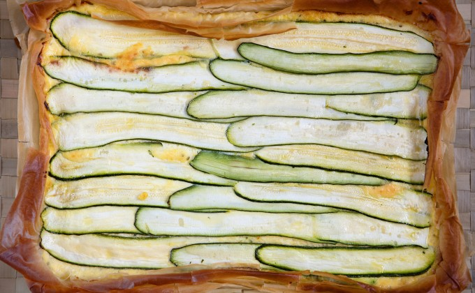 Zucchini tart with goat cheese, lemon and thyme