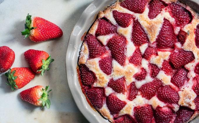 Soft Strawberry Cake