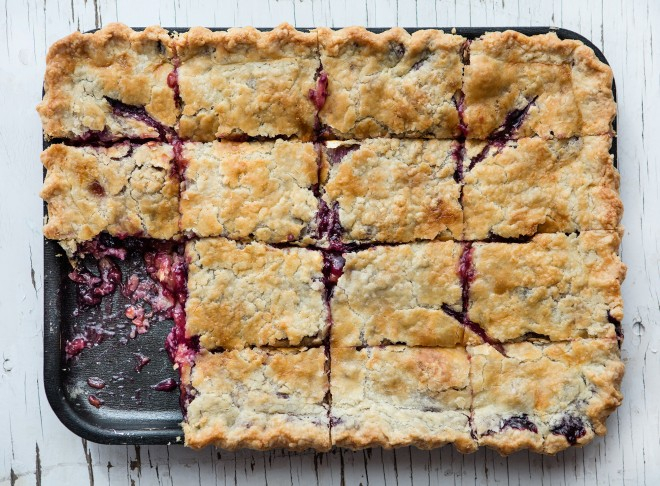 Blueberry-peach Slab pie